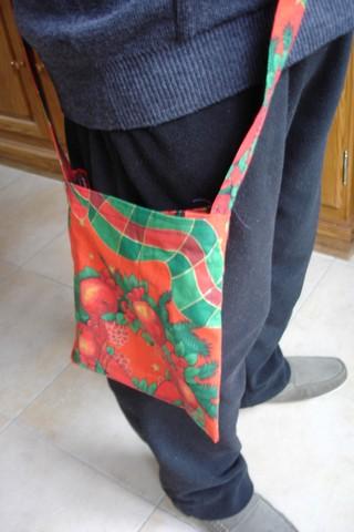 R alisation d 39 un sac drain ou d 39 un sac poche urinaire - Comment se pendre a une poignee de porte ...